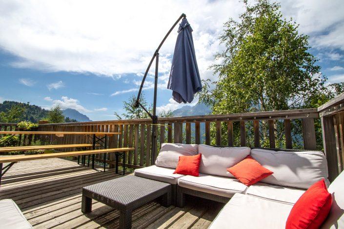 Chalet Beyond Fietshotel Alpe d'Huez loungebank