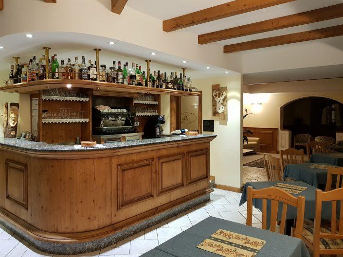 Chalet Beyond Fietshotel Cima Piazzi Stelvio bar